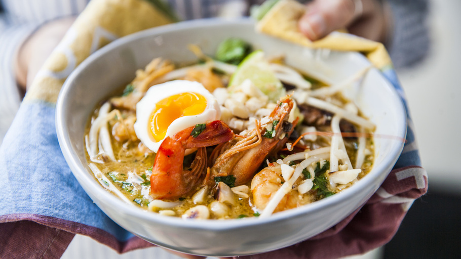 4 Dishes You Should Try When Visiting Singapore